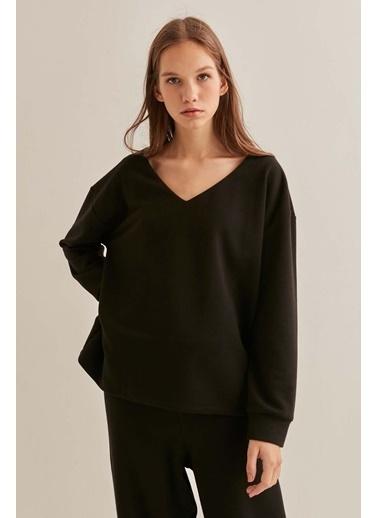 Vitrin  V Yaka Basic Salaş Bluz Siyah